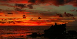 sunset view tanah lot